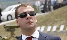 Дмитрий Медведев сядет за руль «Победы» 1951 года выпуска