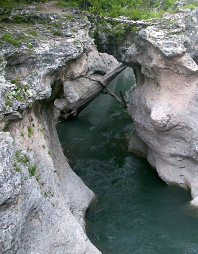 река в лаго-наки