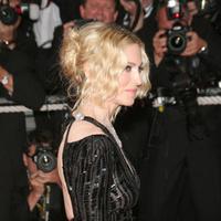 Певица Мадонна на Каннском кинофестивале