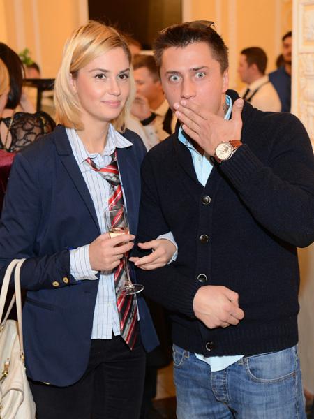 Павел Прилучный с женой фото