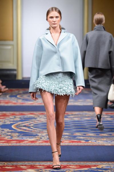 Показ осенне-зимней коллекции Ruban на Mercedes-Benz Fashion Week RussiaПоказ осенне-зимней коллекции Ruban на Mercedes-Benz Fashion Week Russia   галерея [2] фото [20]