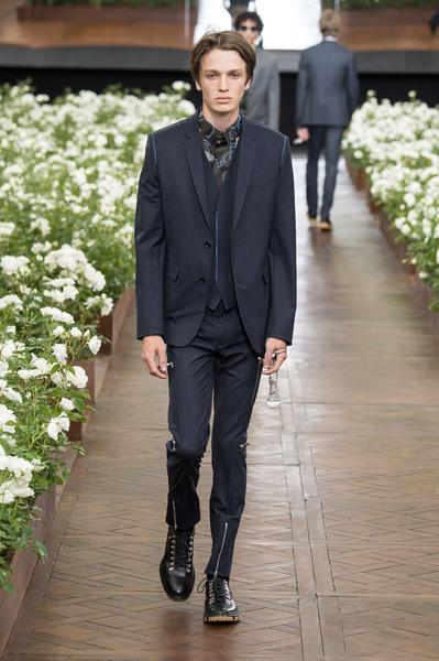 Неделя мужской моды в Париже: лучшие показы | галерея [6] фото [21]