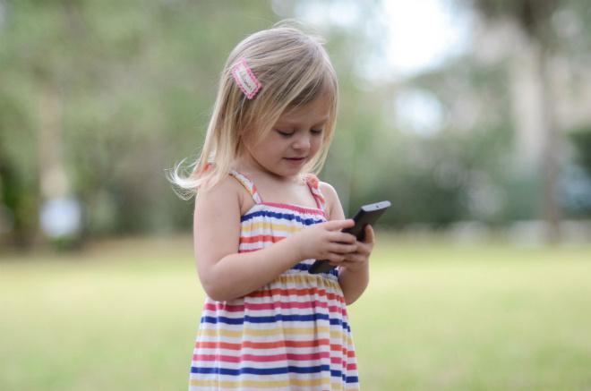 ребенок, смартфон