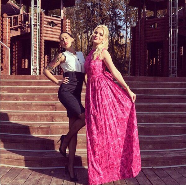 розовое платье, Алена Вражевская