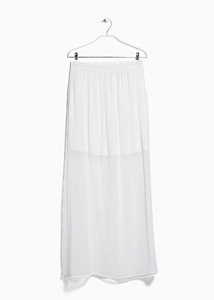 Длинная юбка из полупрозрачной струящейся ткани белого цвета