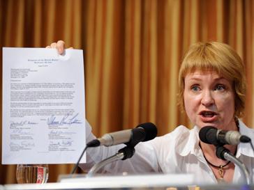 Жена Виктора Бута убеждена, что слухи неправдивы