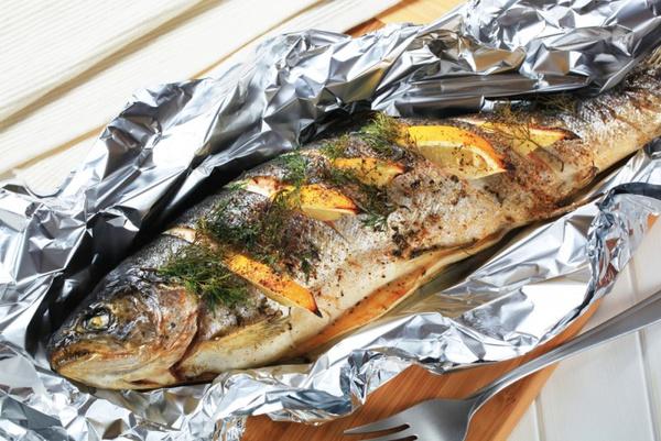 форель запеченная в рукаве в духовке рецепт с фото