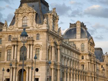 В Лувре может быть сорвана русккая выставка