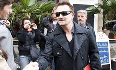 Солист U2 Боно поддерживает Марию Шрайвер