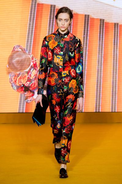 Самые красивые образы Недели моды в Лондоне | галерея [1] фото [34]