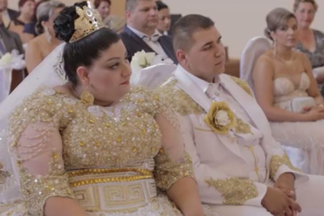 Свадьба по-цыгански: дождь иззолота икупюры в500евро