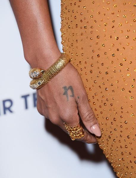 В СВОИХ РУКАХ: Как правильно носить браслеты   галерея [1] фото [10]
