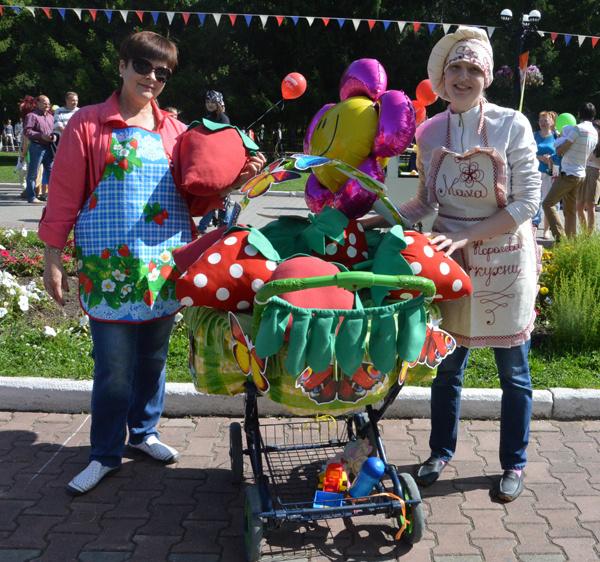 Парад колясок в Екатеринбурге