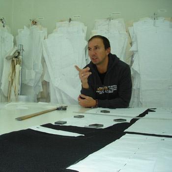 Каждая модель создается под контролем Олега. Тираж коллекции ограничен.
