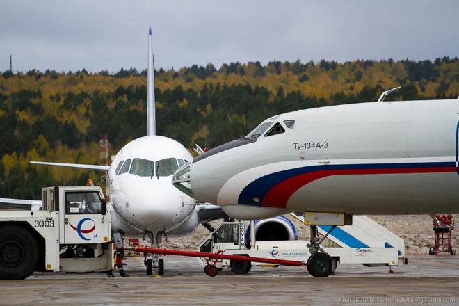 Самолеты в красноярском аэропорту