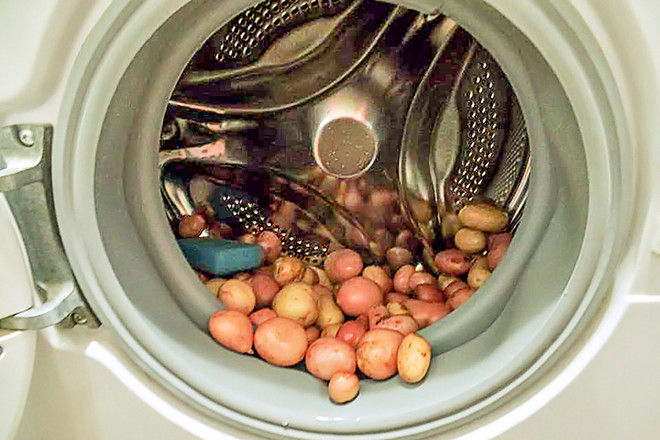 Как почистить картошку