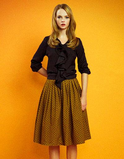 Блуза с кокелье и горчичная юбка в горох, Султана Французова, осень-зима 2011 - 2012