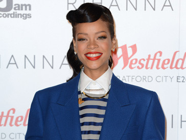 Рианна (Rihanna) примет участие в Неделе моды в Лондоне