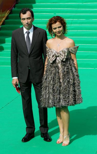 Актриса Елена Захарова с супругом