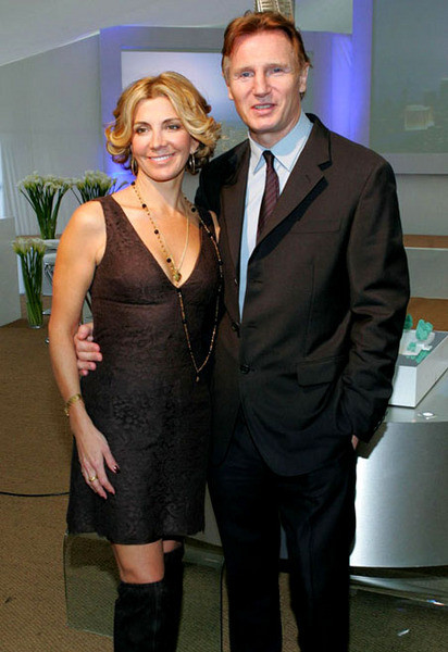 Наташа Ричардсон и ее муж Лаем Ниссон
