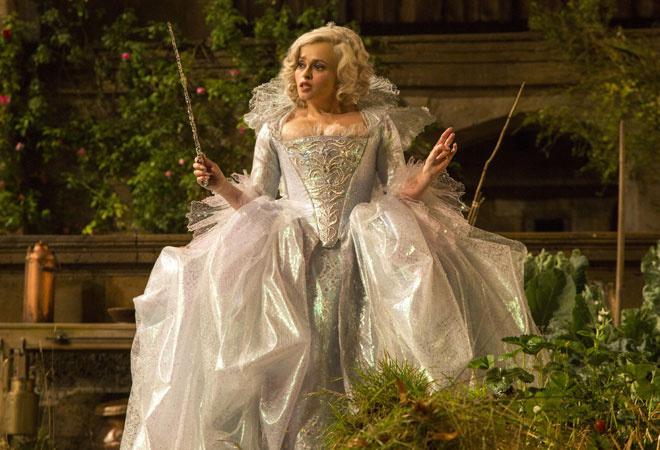 Кто шил платье для фильма золушка