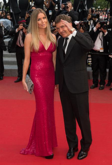 Антонио Бандерас с новой девушкой