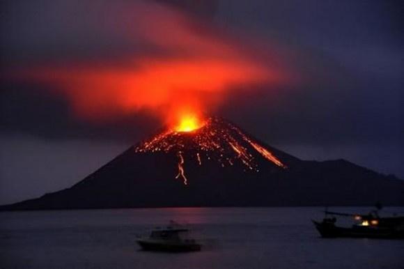 Вулкан Кракатау, фото