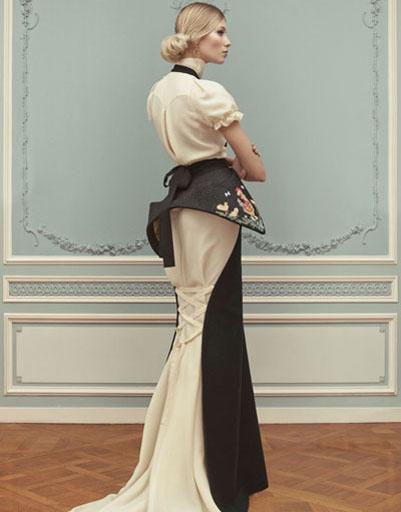 Платья на выпускной 2013: платье Ulyana Sergeenko, цена по запросу
