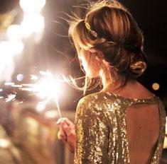 Как носить наряды с блестками: модные идеи
