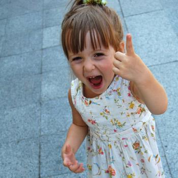 Как правило, ребенок учится лгать из необходимости скрыть проступок или ошибку.
