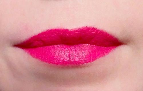 Губная помада «Матовое превосходство», оттенок насыщенный розовый, AVON