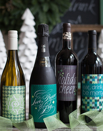 Как оригинально упаковать бутылку вина?