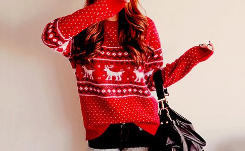 Дресс-код новогодний: 10 лучших свитеров этого сезона