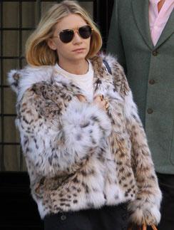 """Шубы в стиле """"хиппи-шик"""" - выбор Эшли Олсен (Ashley Olsen)"""