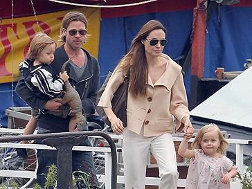 Брэд Питт (Brad Pitt) и Анджелина Джоли (Angelina Jolie)