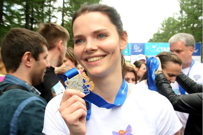 Елизавета Боярская и Ксения Раппопорт пробежали марафон: фото