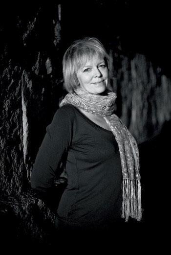 Елена Костюкович поможет нам прочесть новый роман Умберто Эко.