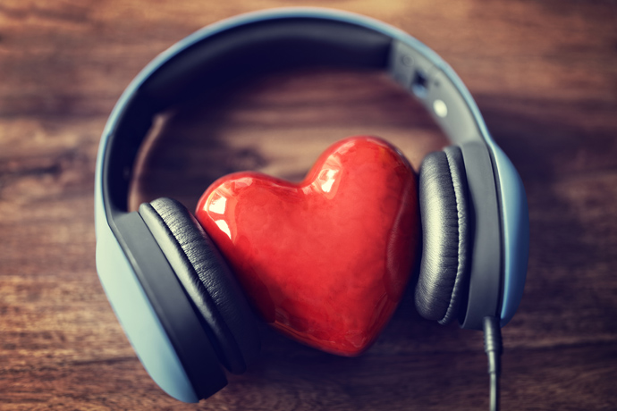 """I love too much: how to reduce the """"volume"""" of my feelings?"""