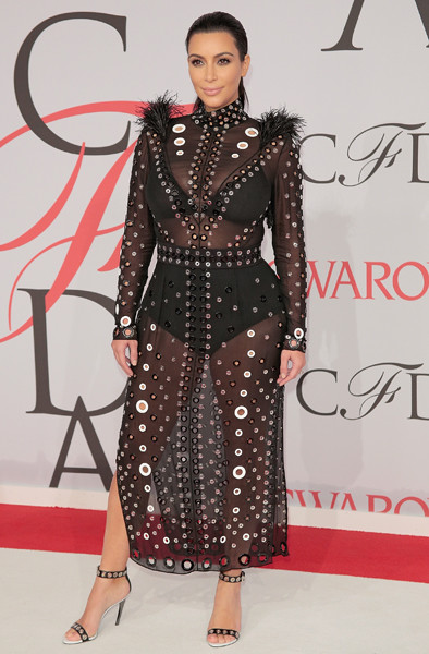 Ким Кардашьян на премии CFDA-2015