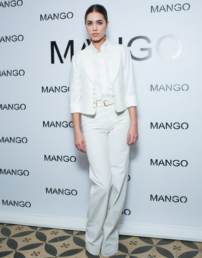 Амбер Ле Бон на показе Mango весна-лето 2012