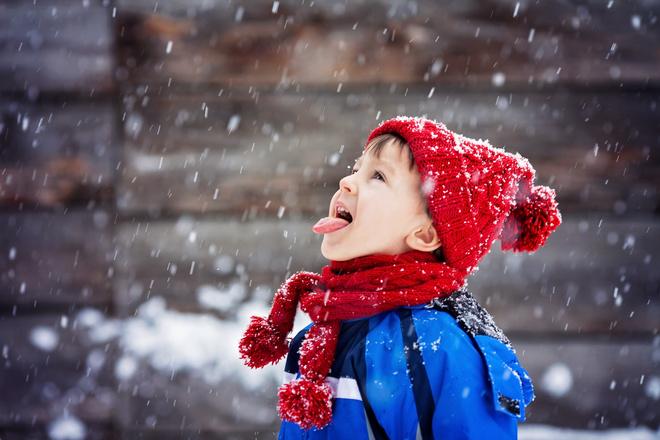 Как правильно выбрать качественный зимний костюм для ребенка