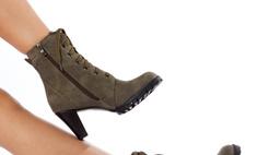 Восстанавливаем внешний вид замшевой обуви без следа от солевого пятна