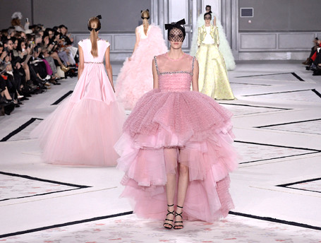 Показ Giambattista Valli Haute Couture