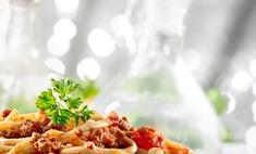 Незатейливый и сытный ужин на скорую руку – макароны с тушенкой