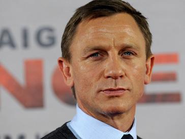 Дэниэл Крэйг (Daniel Craig) встерчается с Рейчел Вайс (Rachel Weisz)