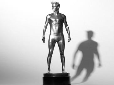 Статуя Дэвида Бекхэма (David Beckham) от H&M