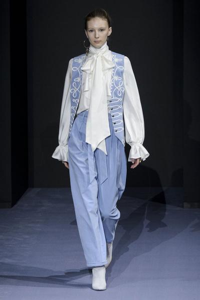 Самые красивые образы Недели моды в Лондоне | галерея [1] фото [12]