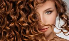 Модные прически для вьющихся волос