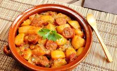 Картошка с тушенкой: любимое сочетание в новом вкусе