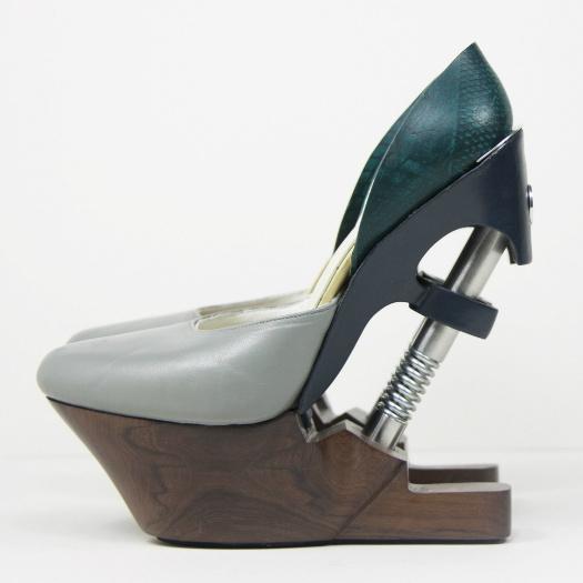 Генезис выставка дизайнерской обуви будущего в эрарте: фото